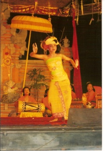 childdancersBali-4